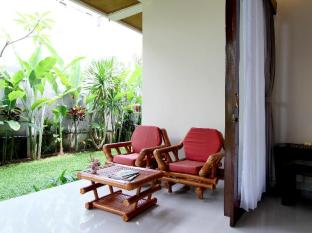 Putri Ayu Cottages Bali - Deluxe Room