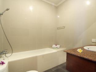 Putri Ayu Cottages Balis - Vonios kambarys