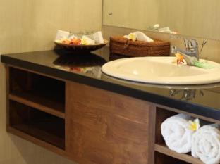 บ้านพักปูทรี่อยุ บาหลี - ห้องน้ำ