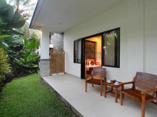 Putri Ayu Cottages Bali - Balkons/terase