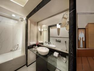 Savoy Suites Hotel Apartments Dubai - Badkamer