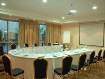 Tulip Creek Hotel Apartments: meeting room