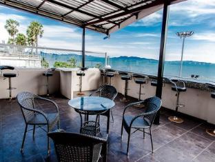 Barfly Pattaya Hotel
