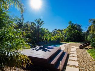 /balconies-dolphincove-bed-and-breakfast/hotel/merimbula-au.html?asq=jGXBHFvRg5Z51Emf%2fbXG4w%3d%3d