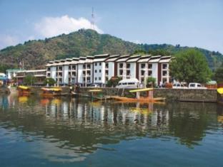 /hotel-pride-continental/hotel/srinagar-in.html?asq=jGXBHFvRg5Z51Emf%2fbXG4w%3d%3d