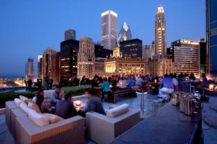 /trump-international-hotel-tower/hotel/chicago-il-us.html?asq=jGXBHFvRg5Z51Emf%2fbXG4w%3d%3d