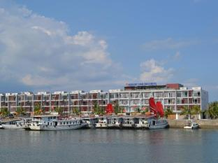 Sea Side Tuan Chau Hotel
