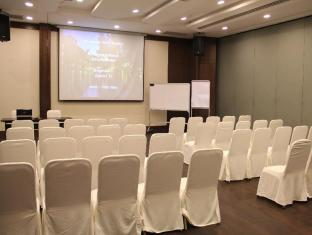 Siloso Beach Resort Sentosa Singapore - Meeting Room