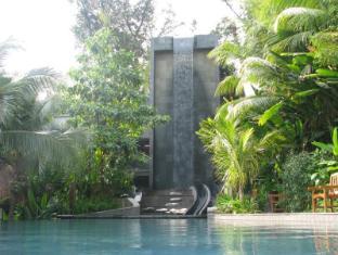 Siloso Beach Resort Sentosa Singapore - Swimming Pool