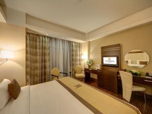 Copthorne Hotel Dubai - Guest Room