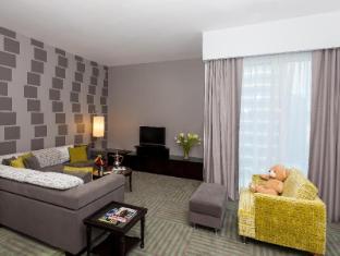 Flora Creek Deluxe Hotel Apartments Dubai - Guest Room