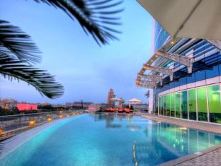 Tamani Marina Hotel and Hotel Apartments Dubai - Swimming Pool