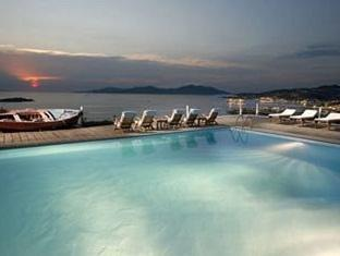 /tharroe-of-mykonos-hotel/hotel/mykonos-gr.html?asq=GzqUV4wLlkPaKVYTY1gfioBsBV8HF1ua40ZAYPUqHSahVDg1xN4Pdq5am4v%2fkwxg