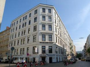 /nl-nl/hotel-kieler-hof/hotel/hamburg-de.html?asq=vrkGgIUsL%2bbahMd1T3QaFc8vtOD6pz9C2Mlrix6aGww%3d