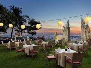 Discovery Kartika Plaza Hotel Bali - Beach Gate