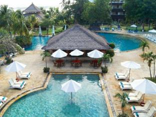 Discovery Kartika Plaza Hotel Bali - Swimming Pool
