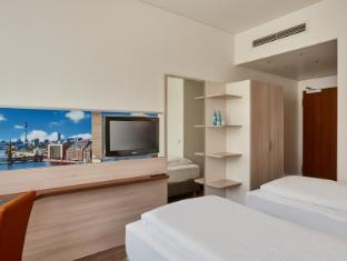 Ramada Hotel Berlin Mitte Berlin - Guest Room