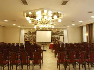 Benczur Hotel Budapest - Budapest Hall