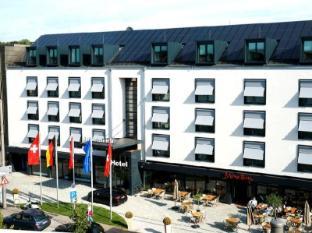 /hotel-schweizer-hof/hotel/kassel-de.html?asq=jGXBHFvRg5Z51Emf%2fbXG4w%3d%3d