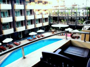 Baron Beach  Hotel Pattaya - Deluxe Room