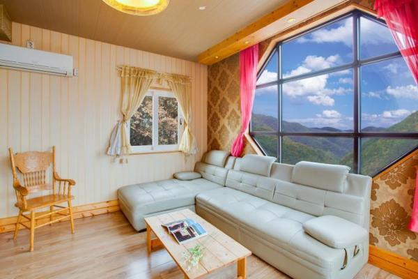Ganghwado Hill Story Pension (near Dongmak Beach, MD recommended) Incheon