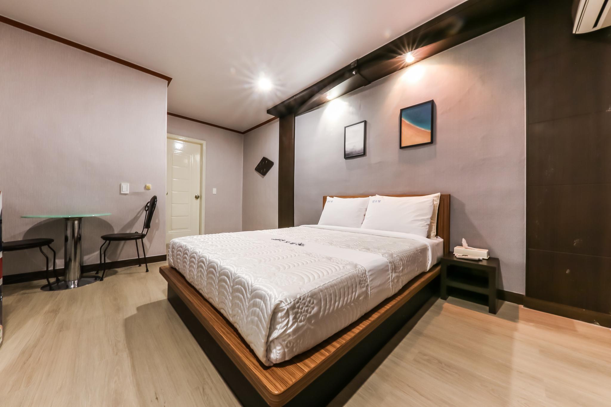Motel Zen, Nonsan