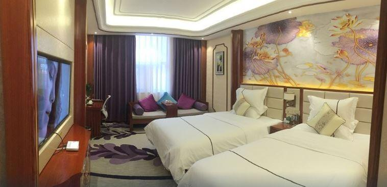 Century Hotel, Dehong Dai and Jingpo