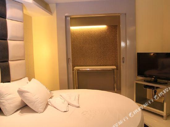 One Serenata Hotel Bacoor, Bacoor