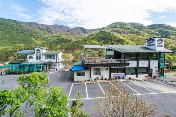 Miryang Nature and People Pension Gyeongju-si