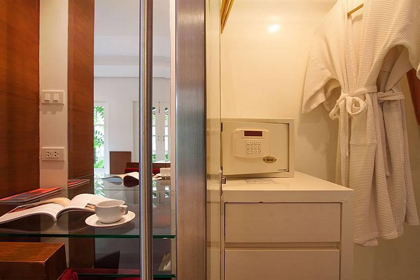Villa Hutton 102 -1 BR Pool House in Bo Phut Samui
