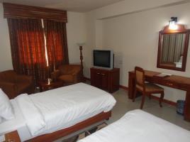 Hotel Sarawan, Karachi