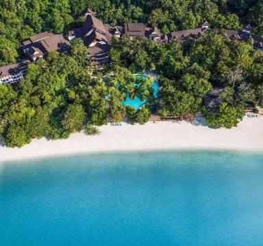 luxury hotels malaysia beach resorts