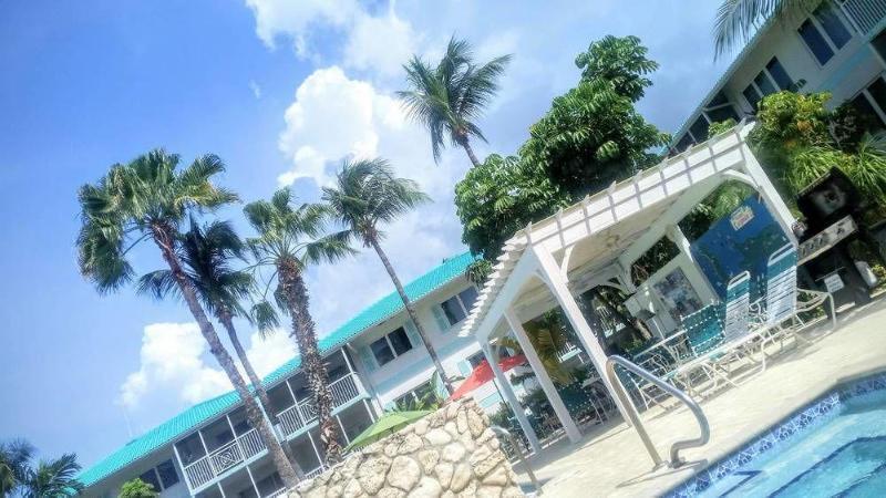 Seven Mile Beach Resort & Club,