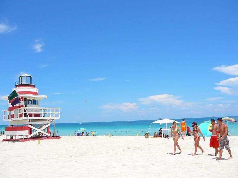 Collins Avenue Miami Beach Area Condos by YouRent