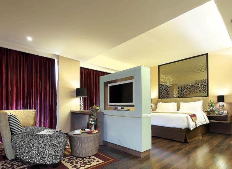 Mercure Padang