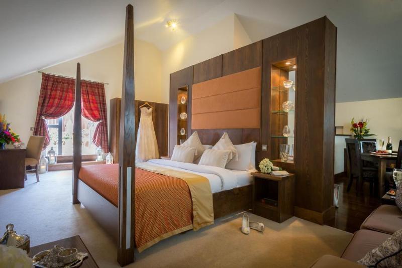 Cavan Crystal Hotel,