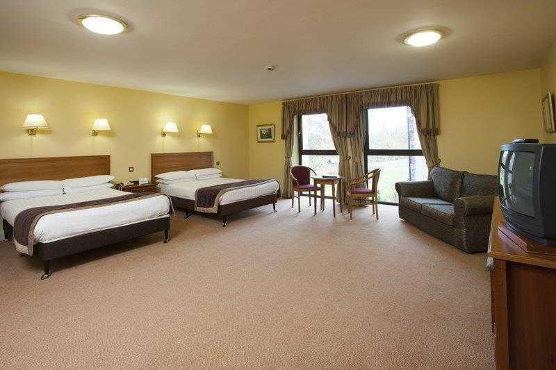 Best Western  Plus Westport Woods Hotel,