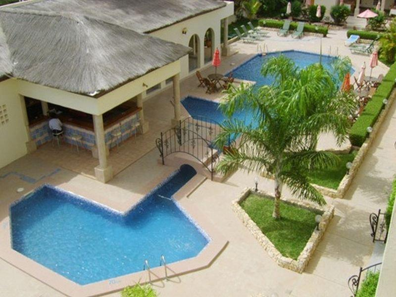 Seaview Gardens Hotel, Kombo Saint Mary