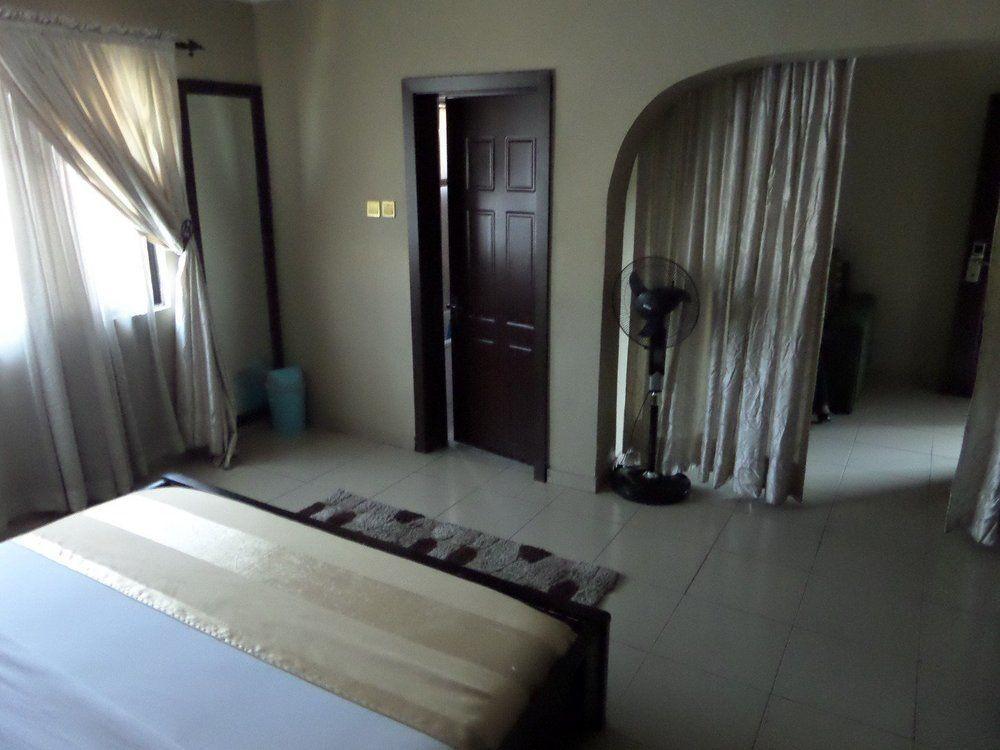 Command Guest House, Apapa