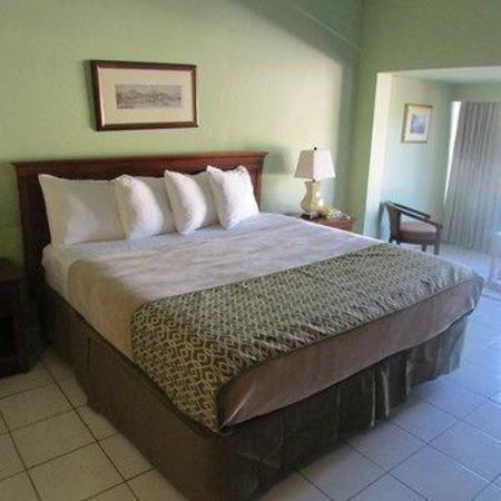 Village Cay Hotel & Marina Tortola