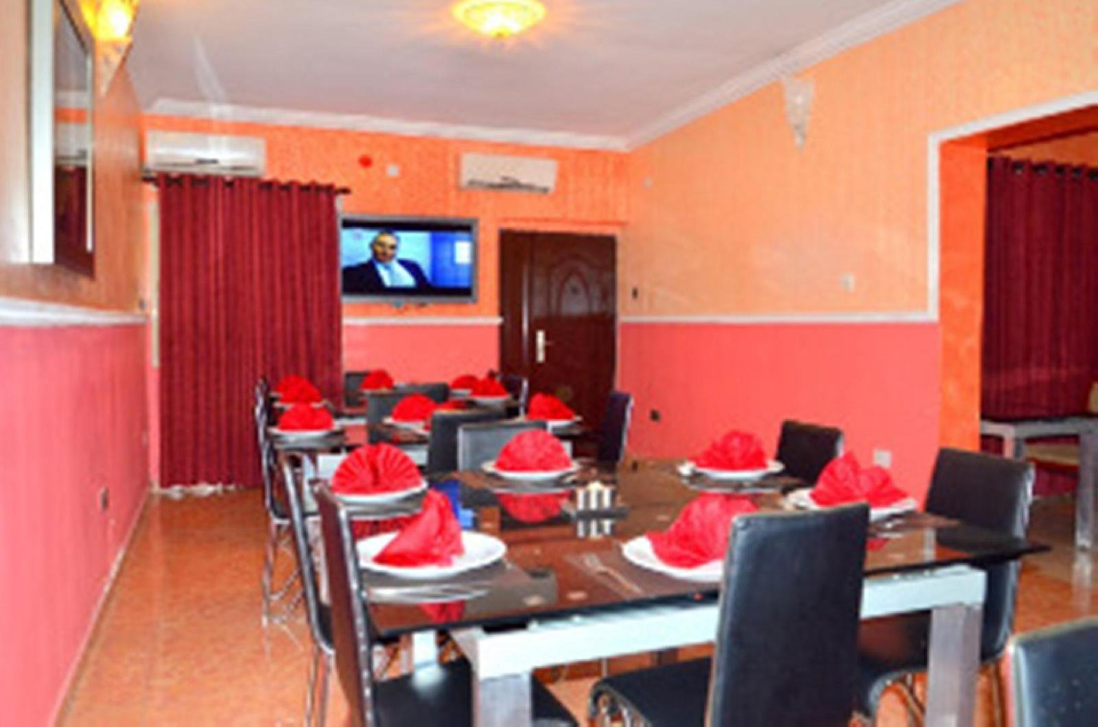 Bleu Ivy Hotel and Suites, Mushin