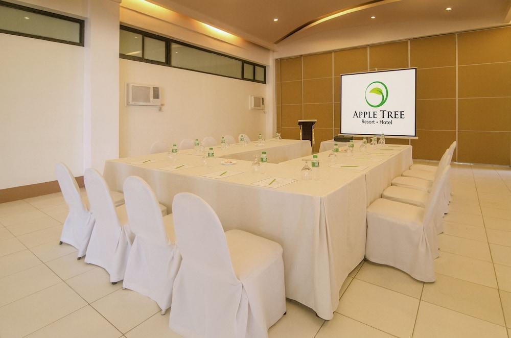Apple Tree Resort & Hotel, Opol