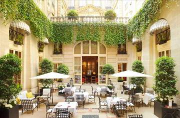 Best Hotels in Paris, France: From Cheap to Luxury Accommodations and Places to Stay