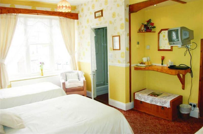 Longcroft Hotel - Guest house, East Riding of Yorkshire