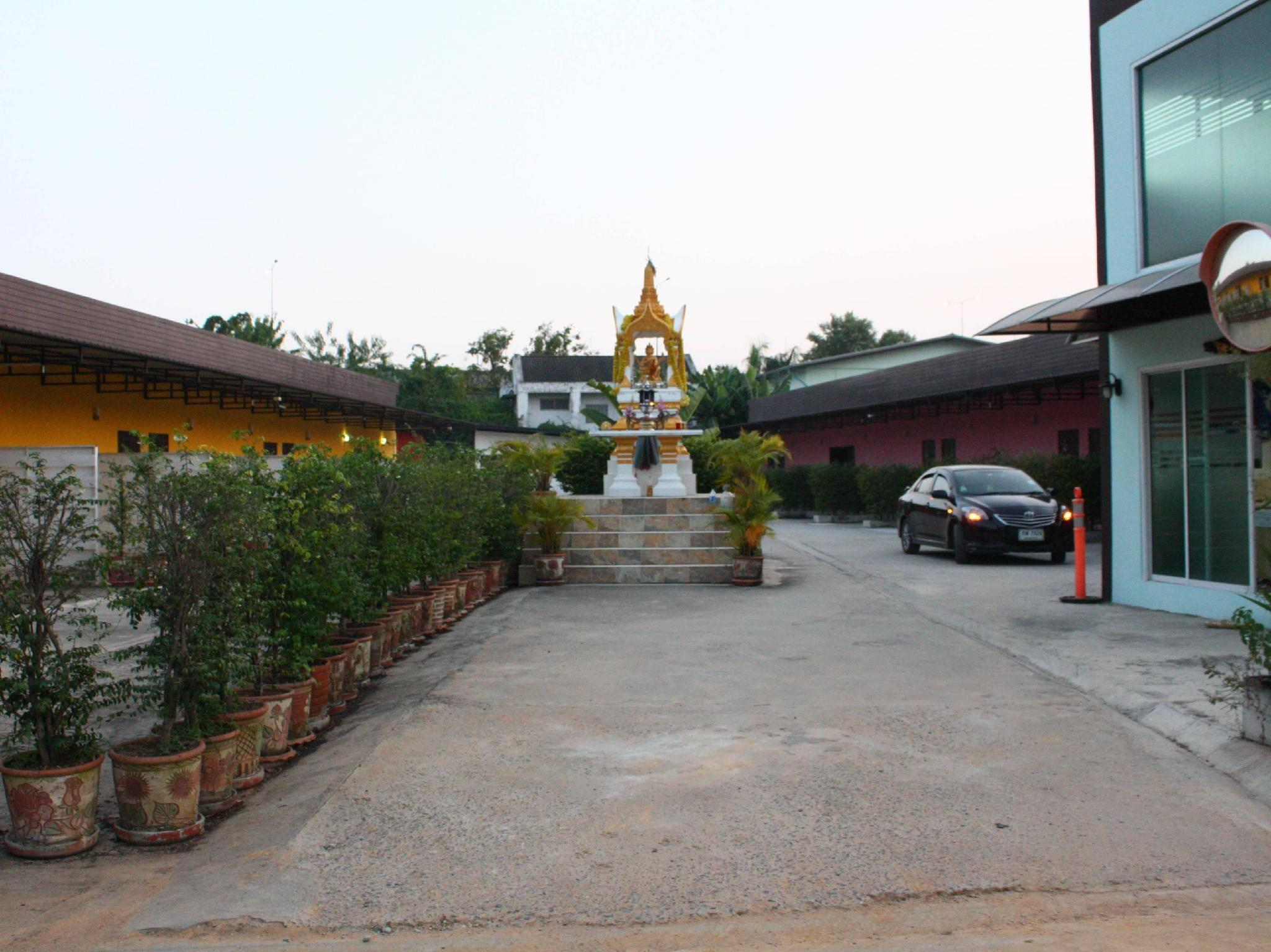 Pichaya Resort 2, Sai Mai