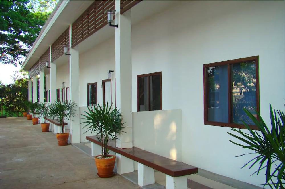 Tonnam Resort, Mueang Kamphaeng Phet