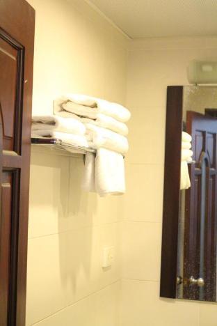 Ngoc Han Hanoi Hotel