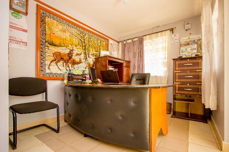 Queens Park Guest House, Nyeri Town