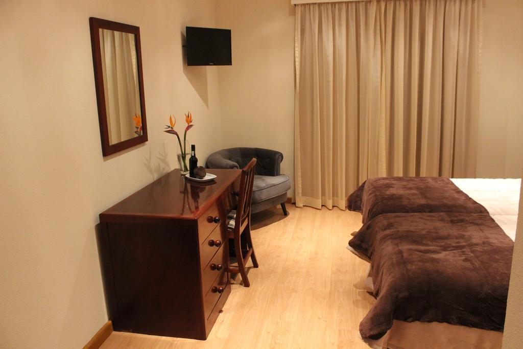 Residencial Farol, Calheta